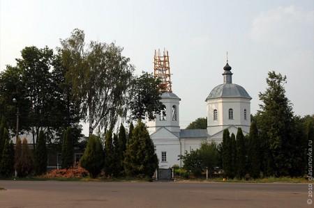 Церковь Рождества Пресвятой Богородицы в Глазуновке Орловской области — общий вид