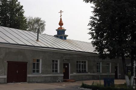 Временная церковь Рождества Пресвятой Богородицы в Глазуновке Орловской области.