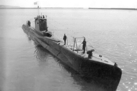 """Лодка типа """"Щука"""" — серия средних подводных лодок, построенных в СССР в 1930-x--1940-x годах."""