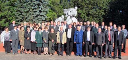 Профессиональный праздник работники леса отмечали на глазуновской земле.