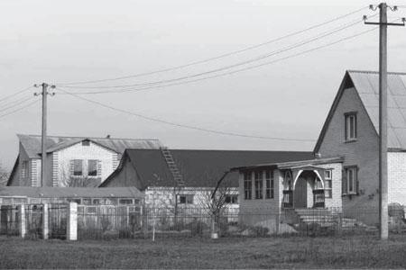В деревне Новополево.