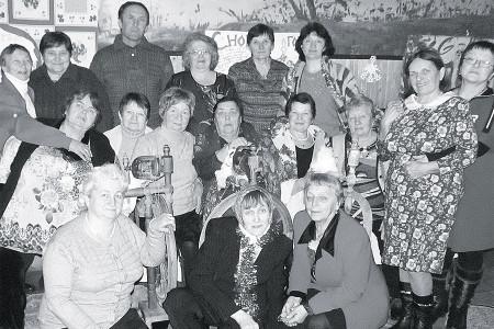 Не забывают работники Новополевского сельского дома культуры русские обычаи, обряды и традиции.
