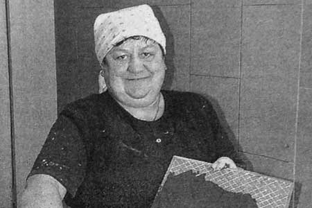 Штукатур-маляр Анна Кирилловна Суверева.