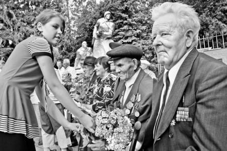 Поселок Глазуновка Орловского района отметил 66-ю годовщину освобождения от немецко-фашистских захватчиков