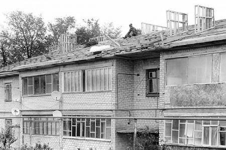 Шатры вместо старых крыш в Глазуновке