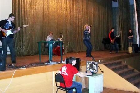 Выступление группы Абойма в Глазуновке 23 февраля 2010 года