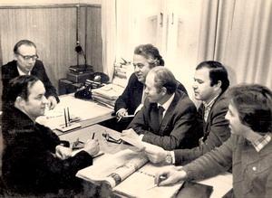 Журналистская летучка в редакции «Красного сормовича» (крайний слева — Л.И. Черенков). 1985 г.