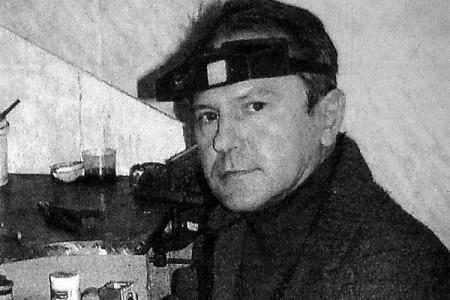 Олег Николаевич Тубольцев — золотых дел мастер.