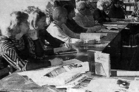 В последний день зимы, 28 февраля, в поселковой библиотеке состоялось заседание «круглого стола», на котором рассматривалась проблема жестокого обращения и насилия над детьми.