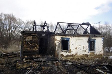 Ночью 21 февраля на окраине села Красная Слободка загорелся жилой дом.